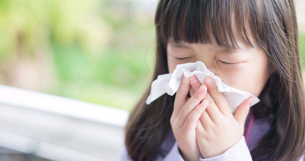5 Ways to Keep Yourself and Your Children Safe from the Cold and Flu Season